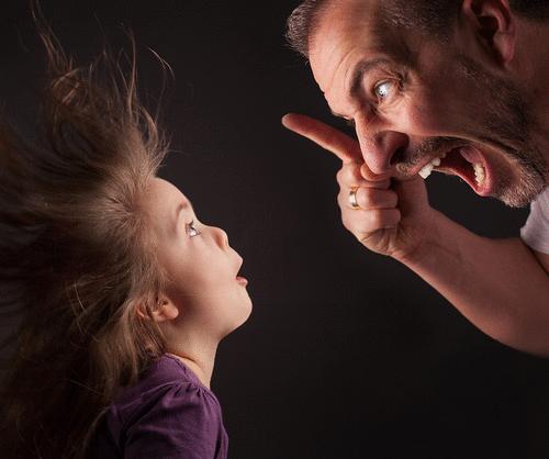 Como sua insegurança influencia na educação dos seus filhos