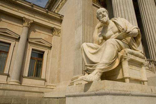 Filosofia e Sociologia são importantes no ensino brasileiro?